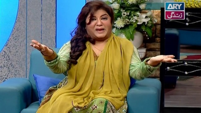 The Hina Dilpazeer Show Guest: Mathira,Ali Hasan & Irfan Malik  – 18th December 2016